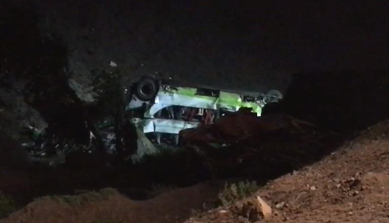 Aumentan a 21 los fallecidos por el accidente de bus en Taltal