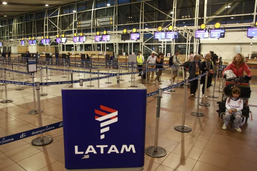 Aerolínea lanza primer vuelo directo entre Lima y Concepción, en Chile