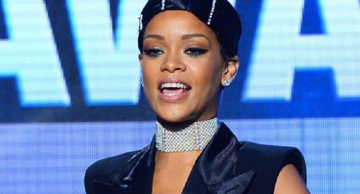 Rihanna está interesada en comprar un equipo de fútbol inglés 6a91fb78f1403
