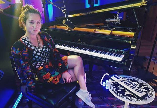 Cantante Denise Rosenthal sufrió el robo de las maquetas de nuevas canciones