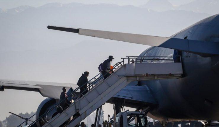 Sobre 200 chilenos piden a Cancillería ser repatriados desde Venezuela
