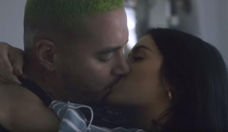 J Balvin y Lali Espósito se besan apasionadamente en nuevo video