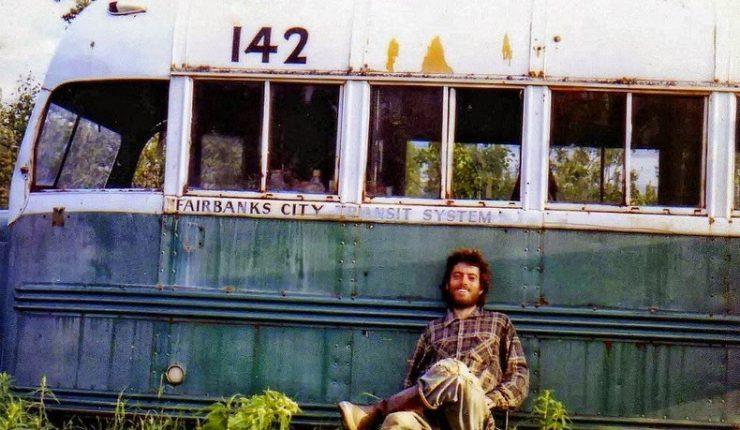 Joven murió intentando llegar hasta el bus de