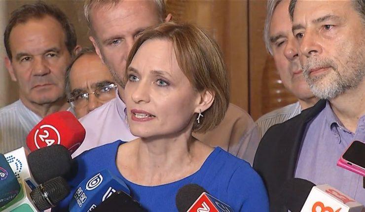 Congreso de Chile acordó subir 50% las pensiones mínimas