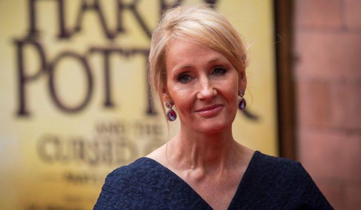 JK Rowling realizó una polémica declaración y fue acusada de transfóbica