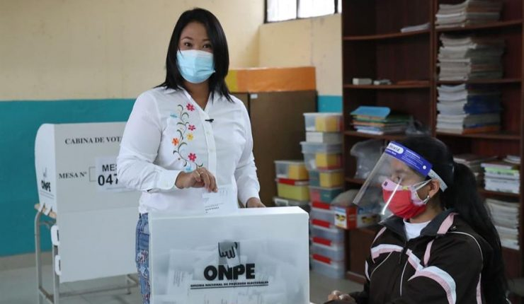 Elecciones en Perú: Keiko Fujimori alcanza una leve ventaja en recuento  preliminar