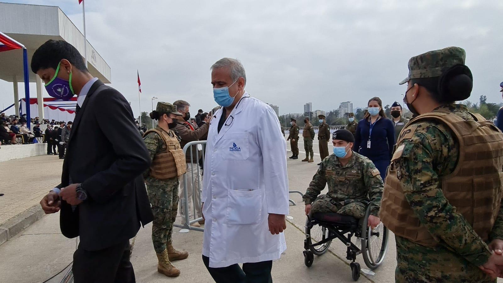 El Dr. Ugarte fue homenajeado en la Parada Militar.