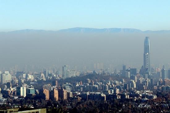 Intendencia decreta alerta ambiental preventiva para este martes en Santiago