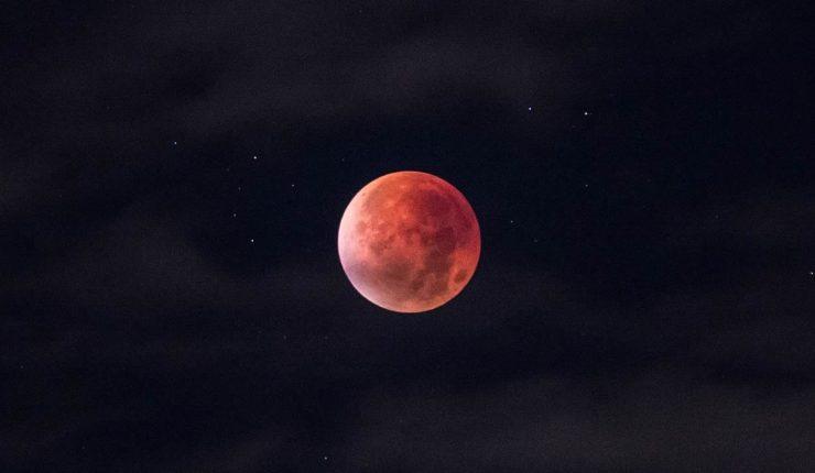 Se viene la 'Luna sangrienta', eclipse lunar más largo del siglo XXI
