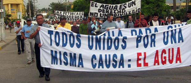 Image result for agua en chile manifestaciones