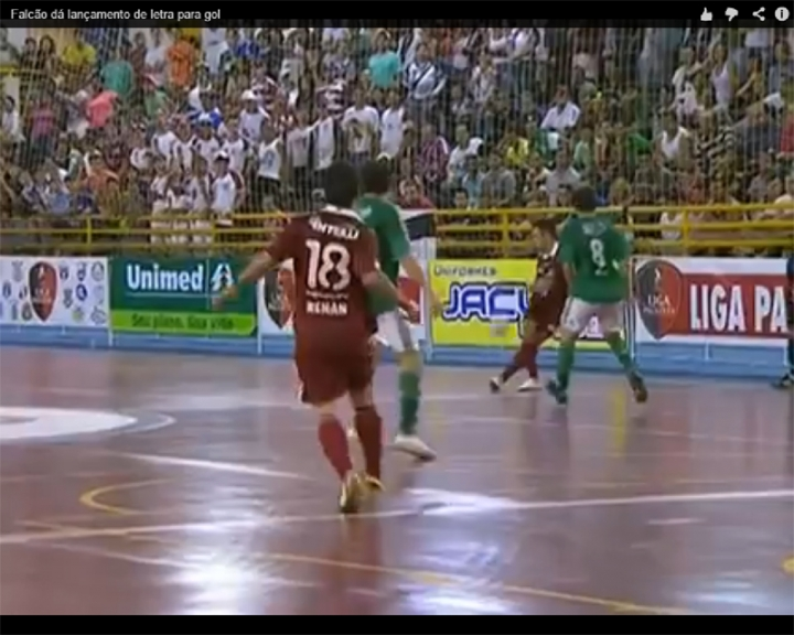 La espectacular asistencia de Falcao en el futsal