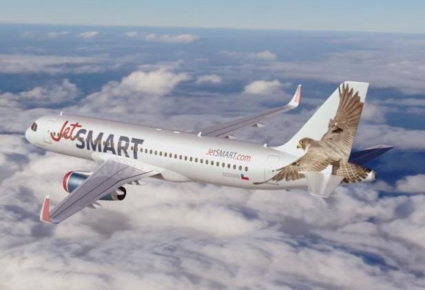 Autorizan a una low cost a volar entre el país y Chile