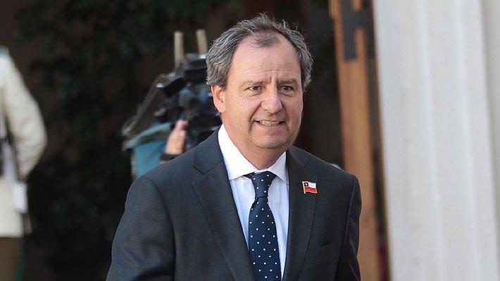 Luego de aconsejar bingos, ministro Varela pidió que no se queden con la  literalidad de sus palabras