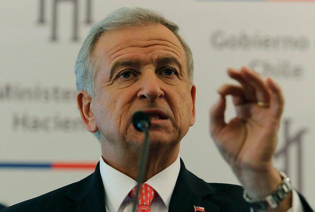 Piñera presenta la modernización tributaria con impuestos a plataformas