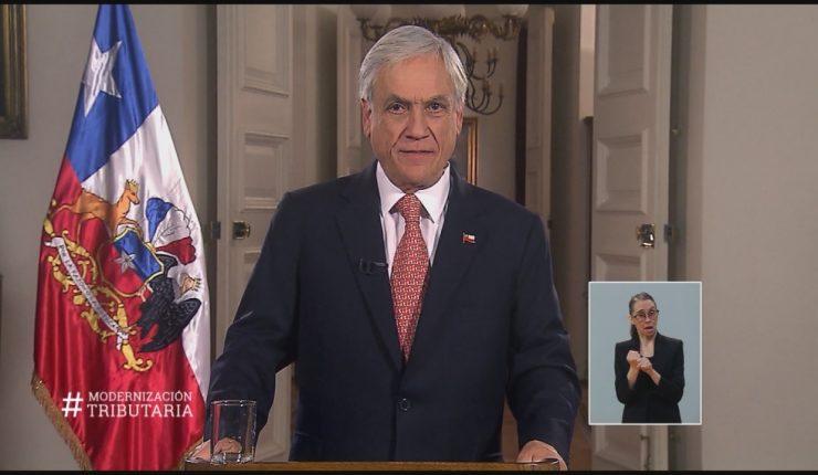 Presidente chileno Piñera anuncia reforma tributaria, dice busca estimular inversión