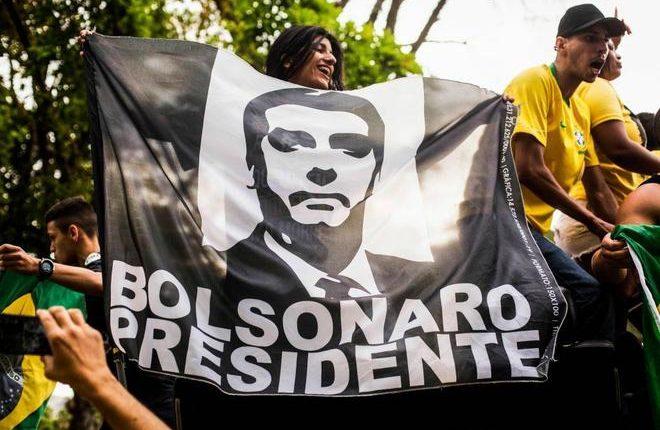 El ultraderechista Bolsonaro se impuso en Brasil, pero deberá ir al ballotage