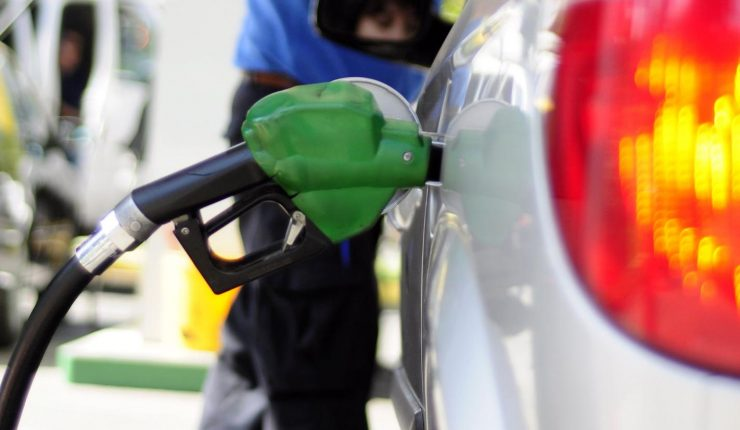 Nueva alza en precio de la bencina: Es la séptima semana consecutiva