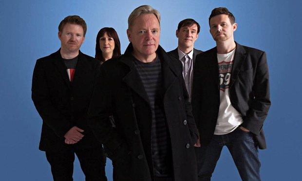 New Order reagenda nueva fecha para su show en Chile