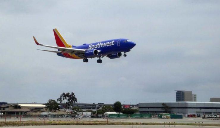 Por un corazón, vuelo de Southwest regresa a Seattle