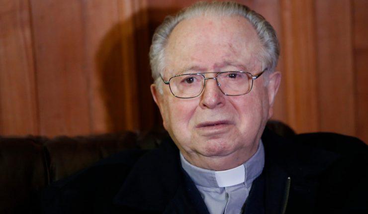 Justicia condena a Iglesia chilena por encubrir abusos de sacerdote Karadima