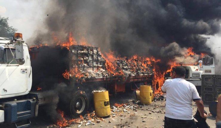 Hombres de maduro no incendiaron ayuda humanitaria: The New York Times