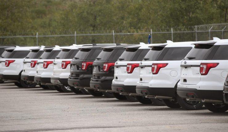 Ford retira camionetas 'Explorer' por problemas con la suspensión