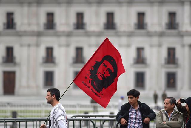 Cámara de Diputados rechaza proyecto UDI para desmitificar figura del Che Guevara