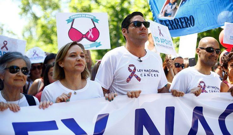 Internan de urgencia a Javiera Suárez por complicaciones de salud