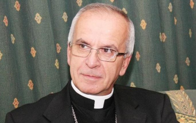Francisco traslada al Nuncio de Chile a Portugal