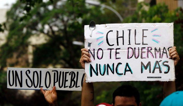 Los 20 Mejores Carteles De La Marcha Más Grande De Chile