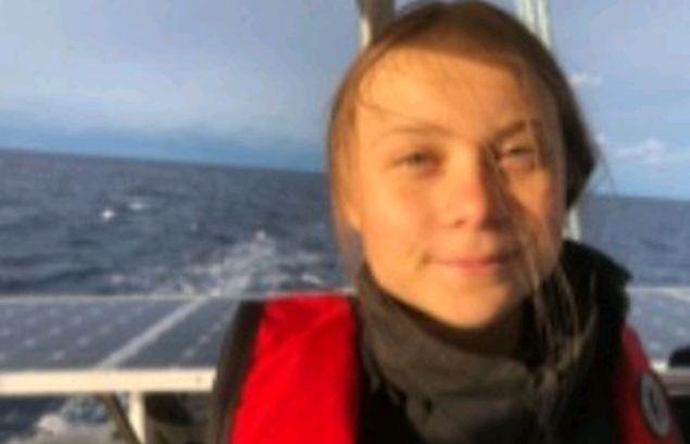 Greta Thunberg puede llegar en un Tesla eléctrico — Cumbre del Clima