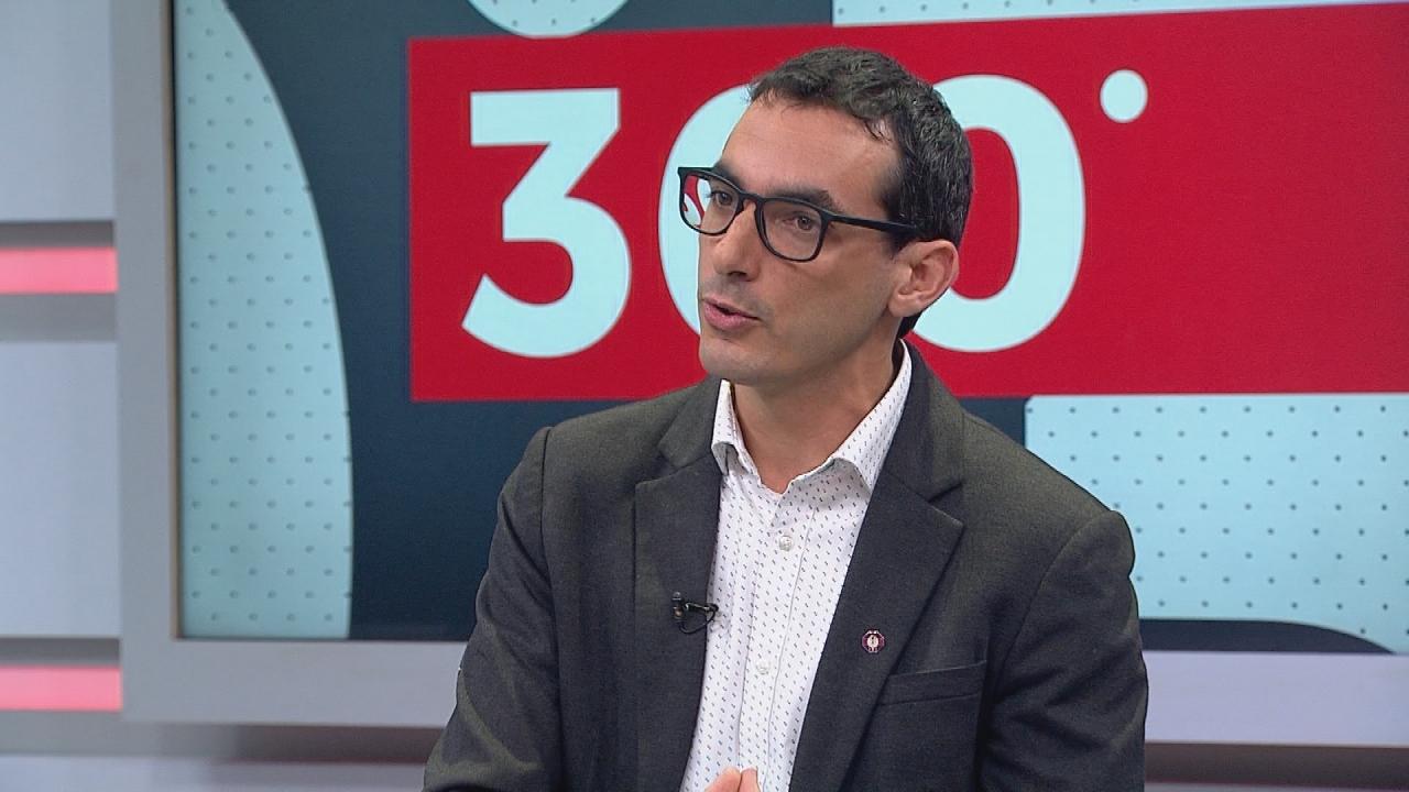 """Dr. Cristóbal Cuadrado: """"El brote de COVID-19 en la RM está muy lejos de  estar controlado"""""""
