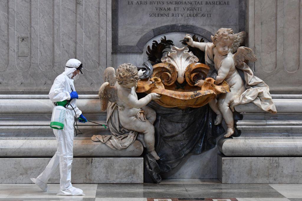 Distancia social, fila para entrar y servicios de higiene: Asi se prepara el Vaticano para su reapertura